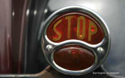 4 Steps To Quickly STOP The Roller Coaster In Your Mind And Calm Yourself